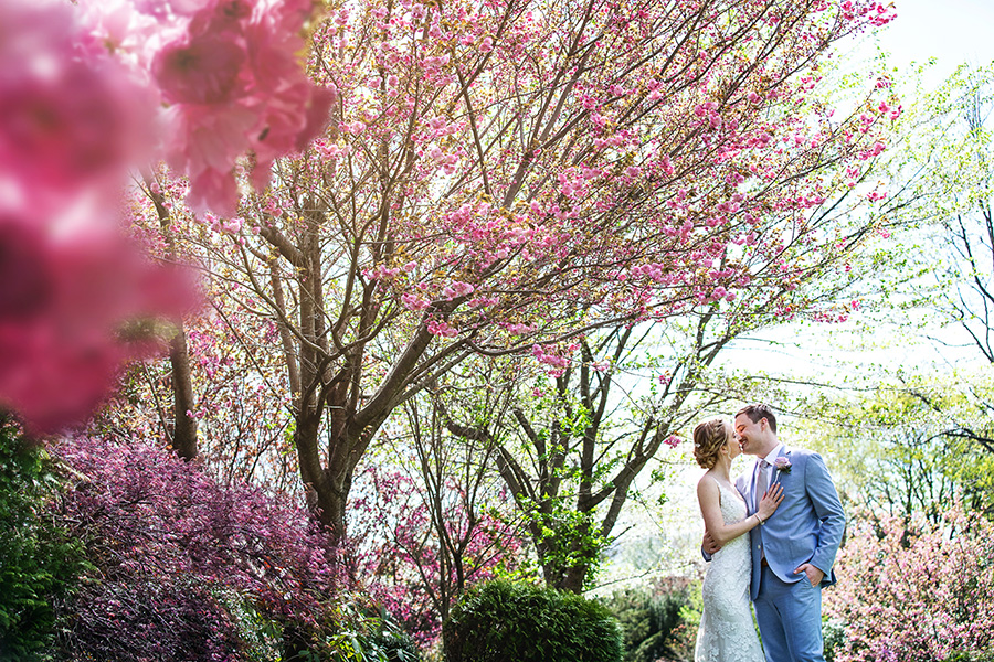 spring wedding at linwood estate in central pa